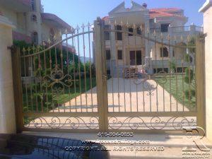 toronto iron gates